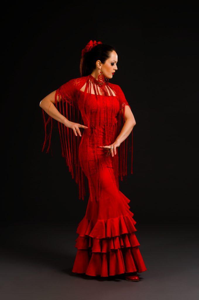 Amelia Moore Bio - Oleaje Flamenco
